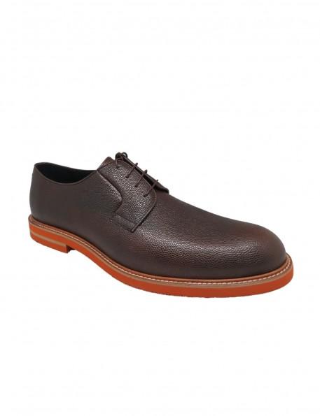 zapato marrón - 675811