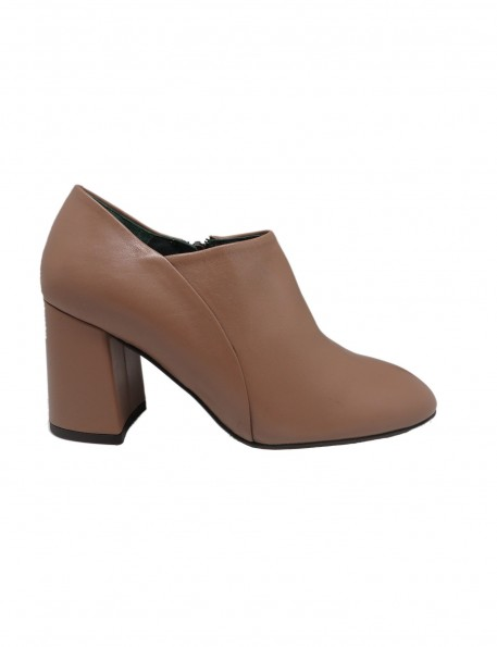zapato taupe